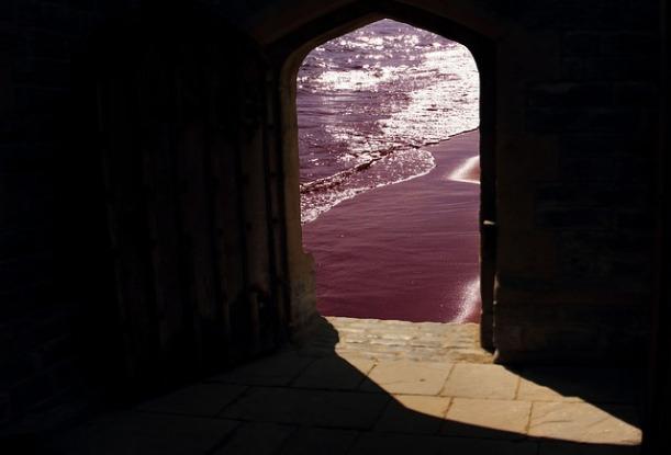 doorway-981803_640