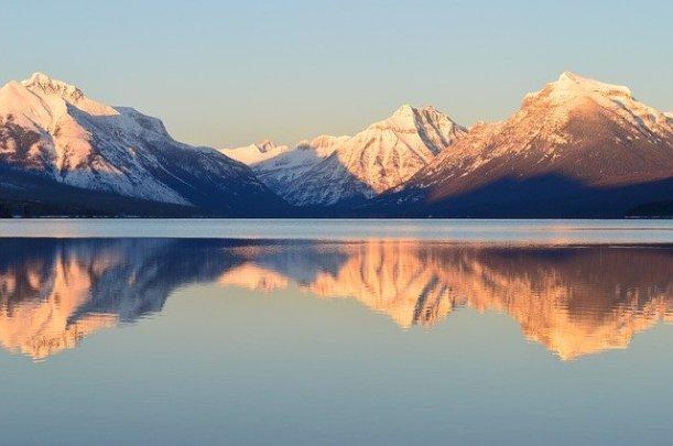 lake-mcdonald-2042016_640